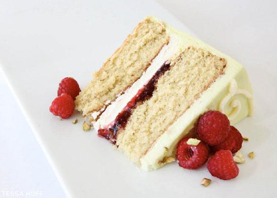 Vanilla Cake Rasberry Jelly Filling